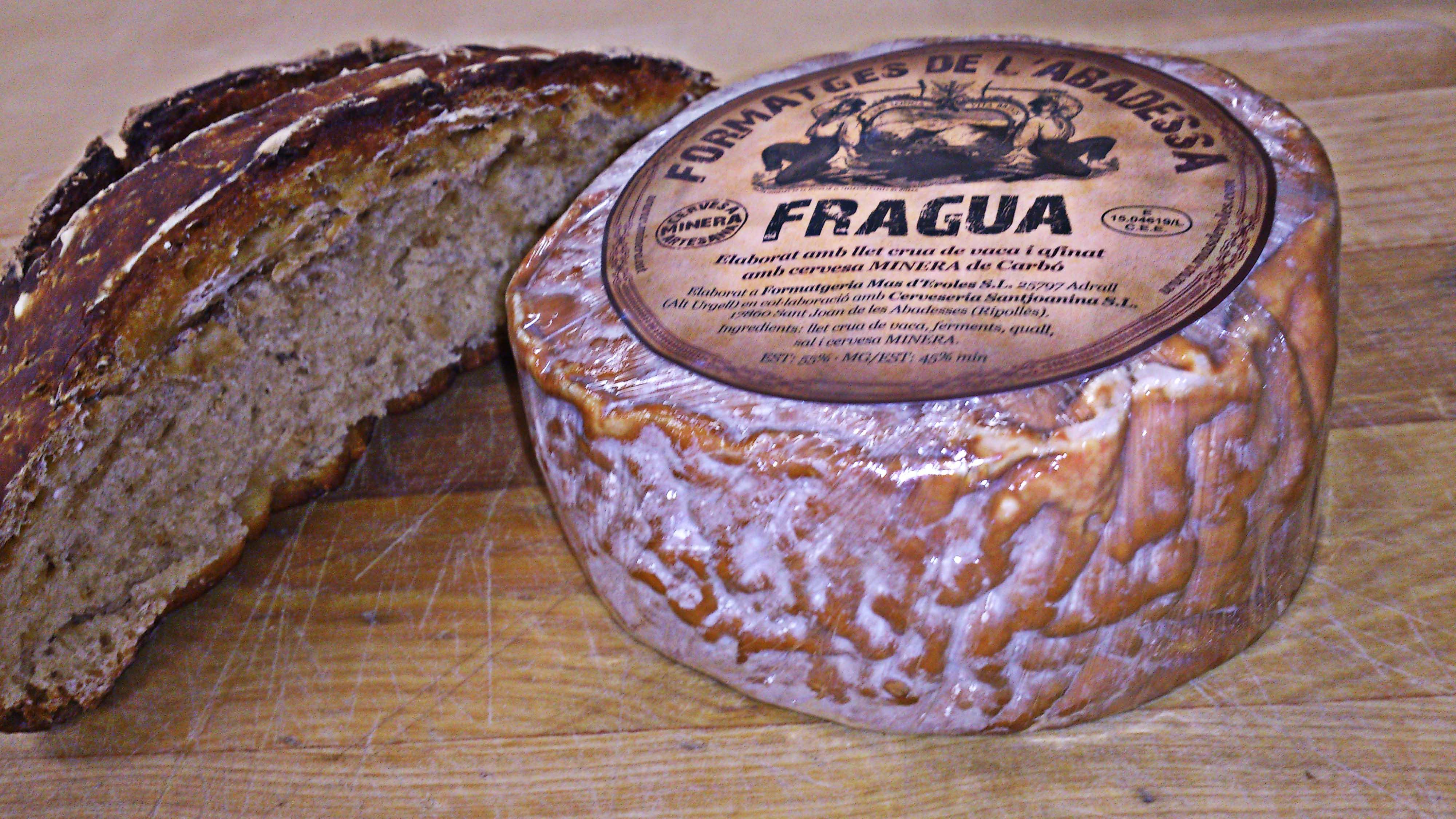 Un queso con cerveza artesana negra: la maravilla del Alt Urgell